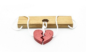 Two Lovers Heart - String Wooden Puzzle