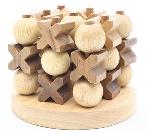 Tic-Tac-Toe 3D Round Base - Strategy Wooden Game