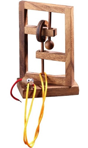The Rat Trap - Wooden String Brainteaser Puzzle