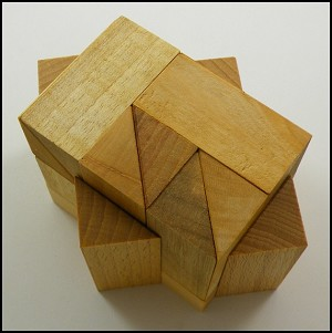 Minibox Q1.5 - Wooden Puzzle Brain Teaser