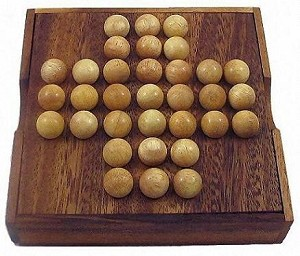 Solitaire Marble - Wooden Brain Teaser Game